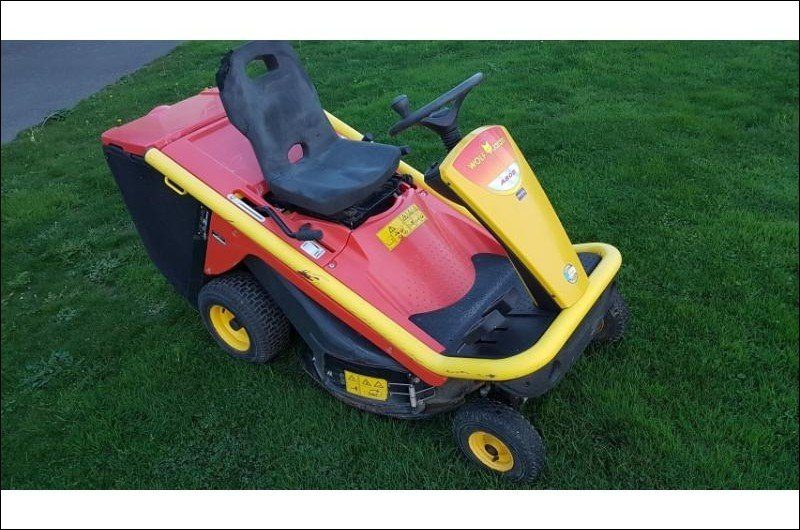 Lawn tractor Wolf A80b - 1