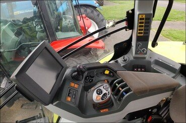 Farm tractors Claas Axion 810 cmatic - 16