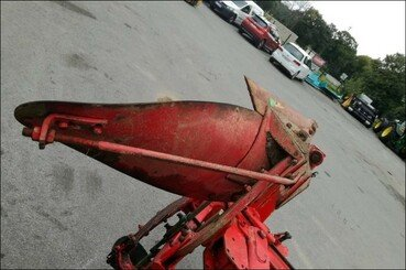 Plough Vogel LC3V564A12 - 4