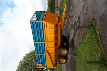 Cereal tipping trailer Rolland Turbo 140 - 1