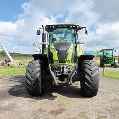 Farm tractors Claas Axion 810 cmatic - 2