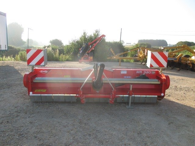 Horizontal axis shredder Kuhn RM 320 - 1