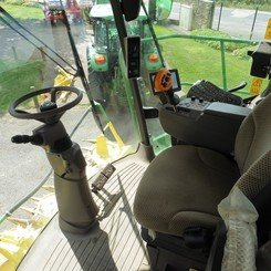 Self-propelled forage harvester John Deere 8400 - 4